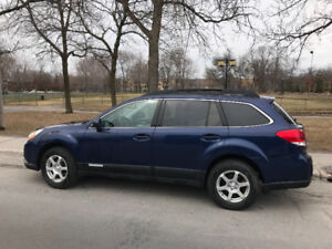 2011 Subaru Outback Limited 2.5 PZEV - Excellente condition