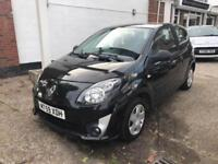 Renault Twingo 1.2 Extreme Jet black, lovely condition brand new mot and service