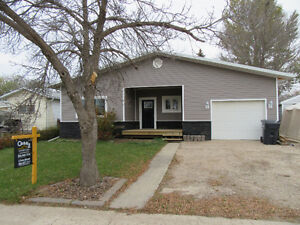 Newly Renovated Home for Sale in Weyburn!!