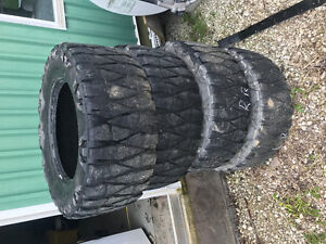Nito mud grapplers 33x12.5x18lt