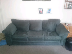 Couch and love seat great condition $300obo
