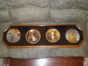 Plate case & four plates.
