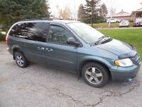 2006 Dodge Grand Caravan SXT Minivan, Van