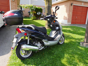Kymco Bet & Win 250cc Scooter