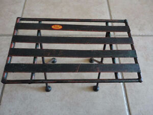 Decorative black metal bench and table display accent NEW London Ontario image 3