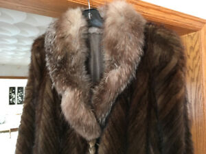Ladies Fur Coat in great condition