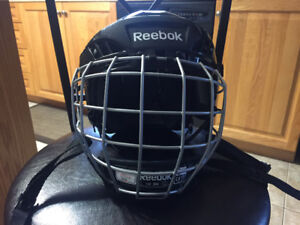 Reebok Youth helmet with cage