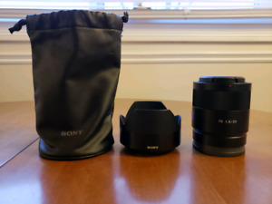 Sony Zeiss FE 55mm f1.8 ZA Sonnar T* Lens