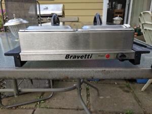Bravetti Buffet Server and Black Angus Waffle Maker