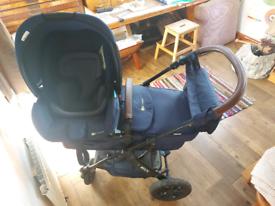 kinderkraft moov travel system