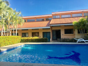 Tropical Loft Condo In Coco Beach: Close to it all!