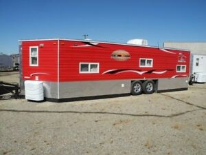 ICE CASTLE !!!  ICE FISHING /HUNTING TRAILERS