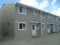 4 Bedroom Townhouse in Thickwood!