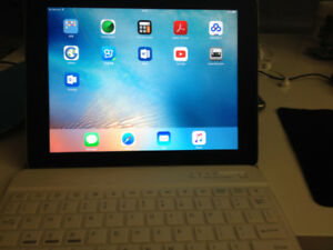 Ipad 2, 3, 4 Cover and Bluetooth keyboard