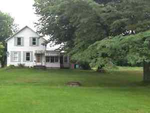 LOVELY COUNTRY HOUSE FOR RENT