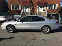 Ford Taurus berline 2000