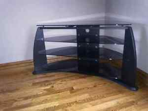 TV stand ! Excellent condition.