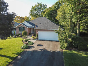 SPECTACULAR, CUSTOM, FULLY FINISHED BUNGALOW W 2+3 BED & 3 BATH