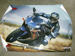 YAMAHA 2015 YZF-R3 PROMOTIONAL POSTER Cambridge Kitchener Area image 1