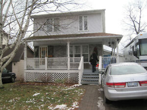 SLC students - superb 7 bedroom house 3 min to campus - May 1st!