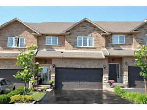 ANCASTER MEADOWLANDS - Large Townhome with Finished Basement