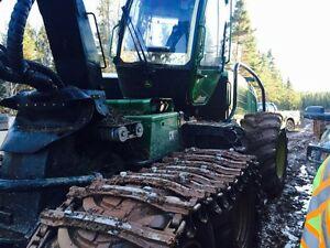 For sale John Deere 1170e harvester