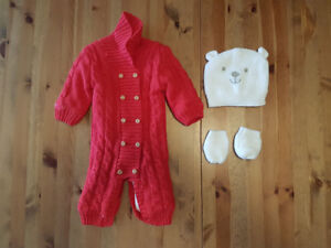 Baby snuggle suit (3-6 months) + hat and mitts