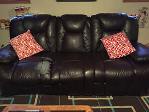 Reclining couch and chair Edmonton Edmonton Area image 1