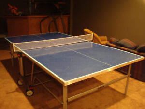Kettler 'Top' Table-Tennis (Ping-Pong) Table