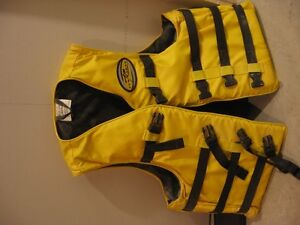 Great condition life jacket