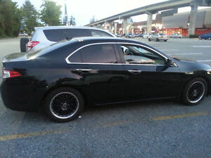 2010 Acura TSX w/Tech Pkg Sedan with extra rims and winter tires