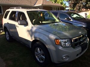 2008 Ford Escape certified & e-tested