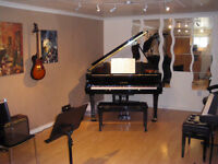 Guitar Lessons and Piano Lessons in Mississauga / Oakville