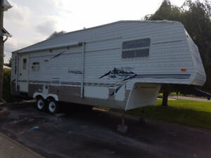 Fifth Wheel 29 pieds Springdale 279RL Keystone 2003 IMPECCABLE