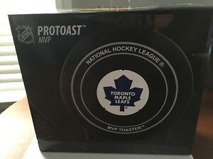New! Toronto maple leafs toaster Reduced!