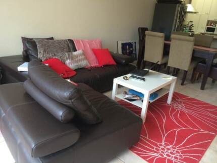 Crows Nest - Room For Rent in a Large 3 Bedroom Modern House Crows Nest North Sydney Area Preview