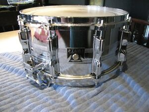 buy or sell drums percussion in calgary musical instruments kijiji classifieds page 2. Black Bedroom Furniture Sets. Home Design Ideas