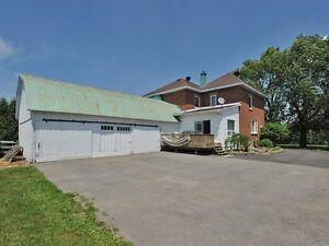 **Nouveau Prix**  Valleyfield  Maison Ancestrale West Island Greater Montréal image 2