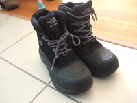 size 7 The North Face Men's Chilkat II Insulated Boot