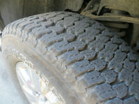 Goodyear Wrangler AT/S 275/65-18 origine sur F-150