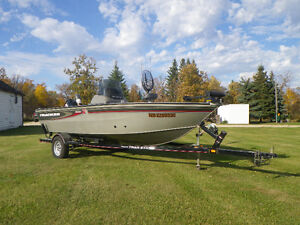 2006 Tracker Pro Fishing Boat For Sale or Trade for Pontoon Boat