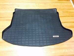 Rogue 2010 trunk rubber liner