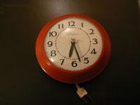 Vintage Metal Electric Clock