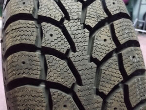 WINTER TIRES ON RIMS 235 65 17