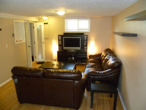 Altadore room for rent for student/young professional (April 1)