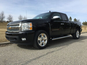 2011 Silverado 1500 LTZ ext. cab 6.2L with extended GM warranty