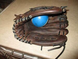 14 inch muzino slo-pitch glove excellent shape