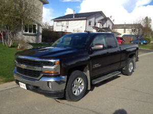 2016 Chevy Silverado LT, fully loaded, very low mileage