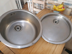 Large round sink bowl and drainer