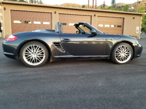 2005 PORSCHE 987 BOXSTER HIGHLY OPTIONED W/6SP MANUAL & LOW KM